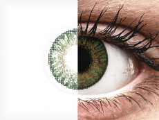 Gemstone Green contact lenses - FreshLook ColorBlends - Power (2 monthly coloured lenses)